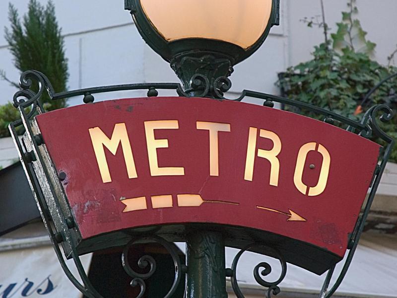 Bild zu Unterwegs mit der Metro