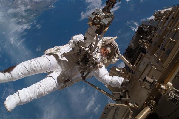 Bild zu Außeneinsatz ISS