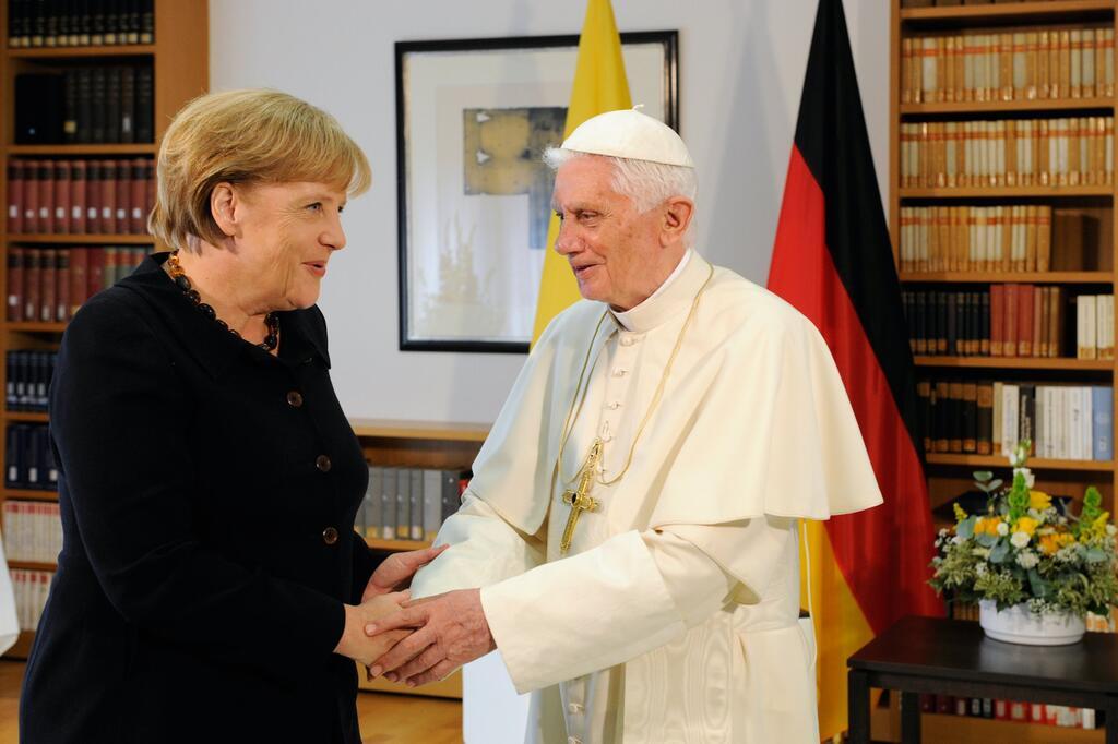 Papst Benedikt, Angela Merkel