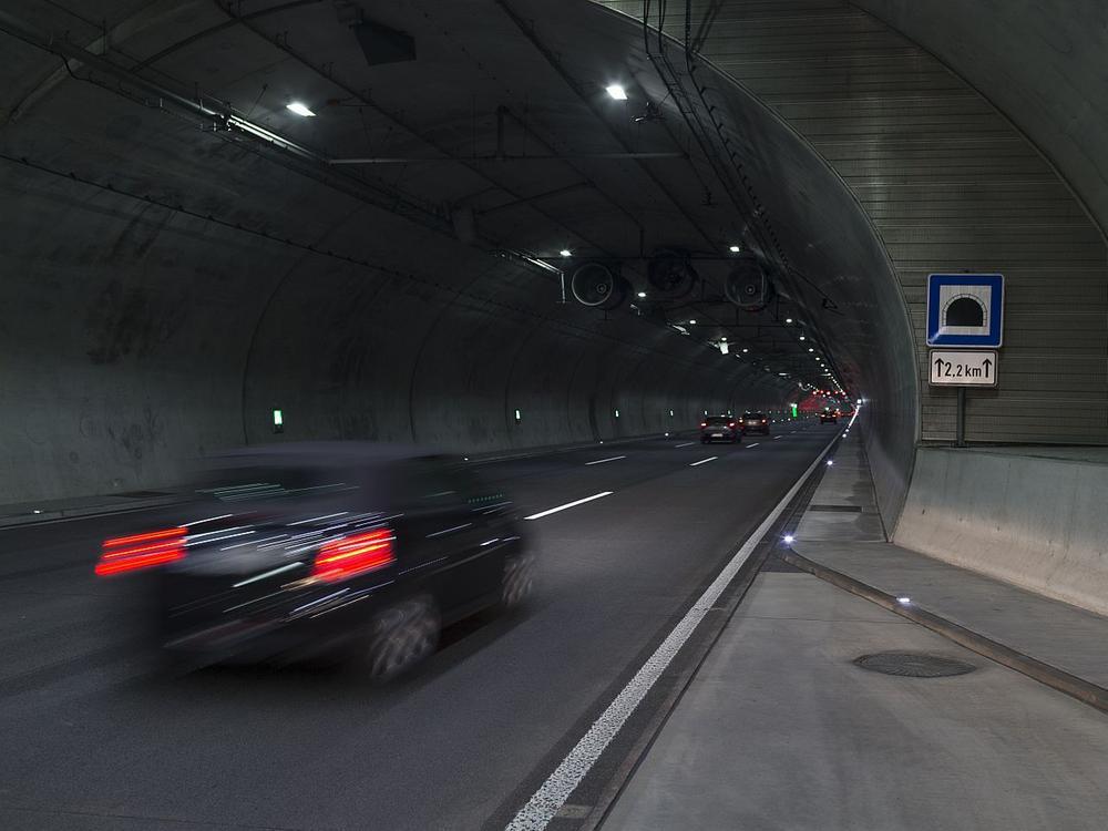 Bild zu Stau-Regeln im Tunnel