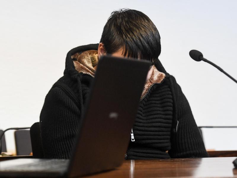 Bild zu Freiburger Mordprozess