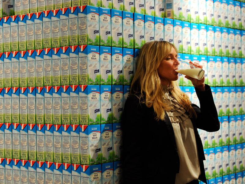 Bild zu Wie viel Milch trinkt ein Mensch in seinem Leben?