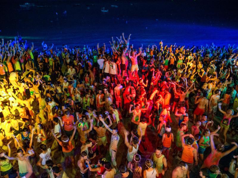 Bild zu Vollmond-Party in Thailand