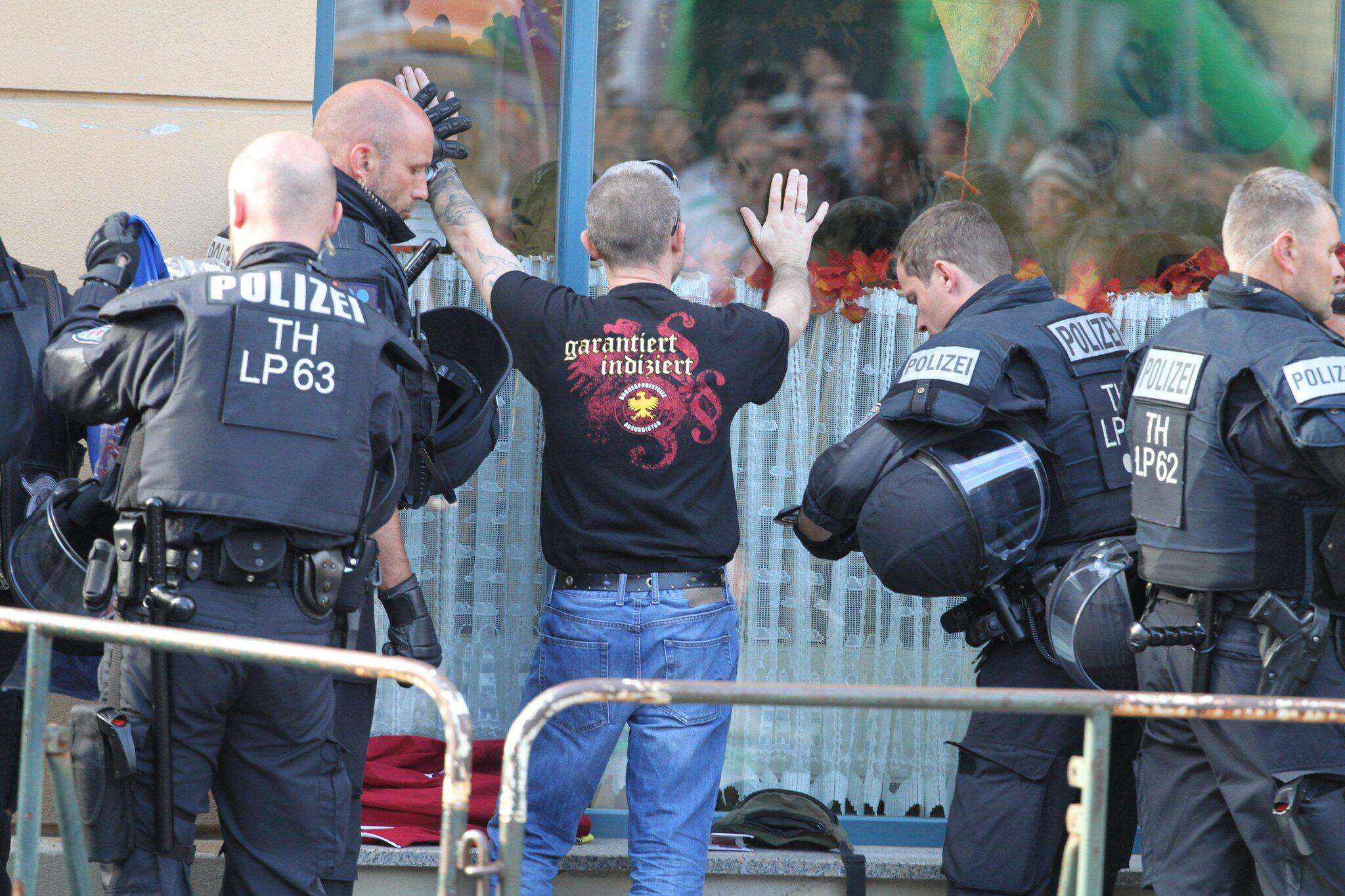 Bild zu Rechtsrock-Konzert in Thüringen