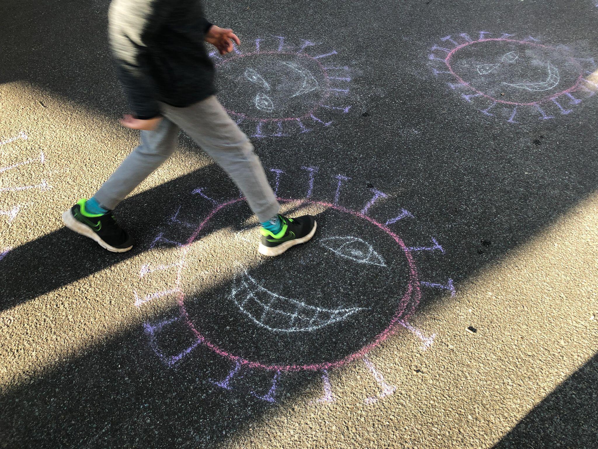 Bild zu Coronavirus - Kinder malen den Virus