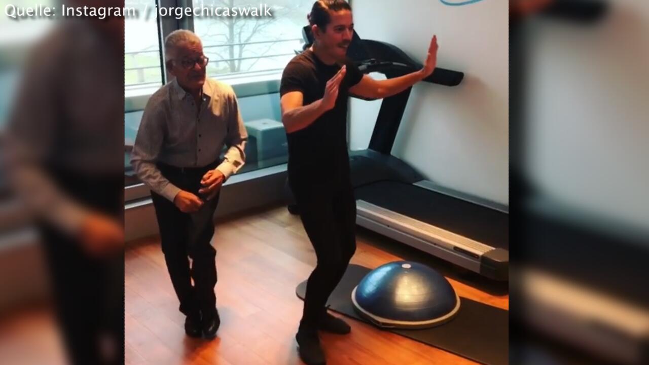Bild zu Topfit mit 96: Jorge und sein Papa schwingen das Tanzbein