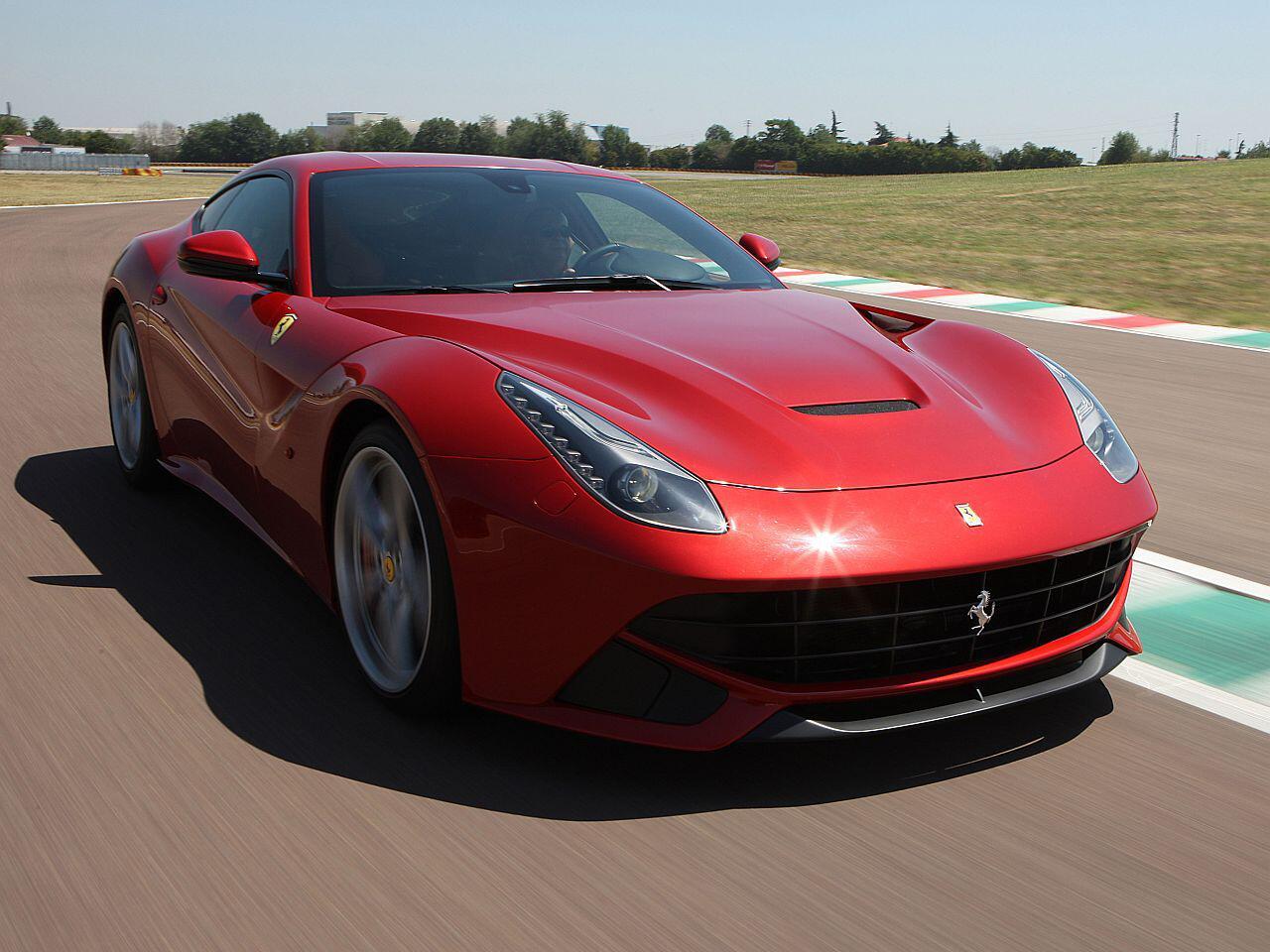 Bild zu Ferrari F12