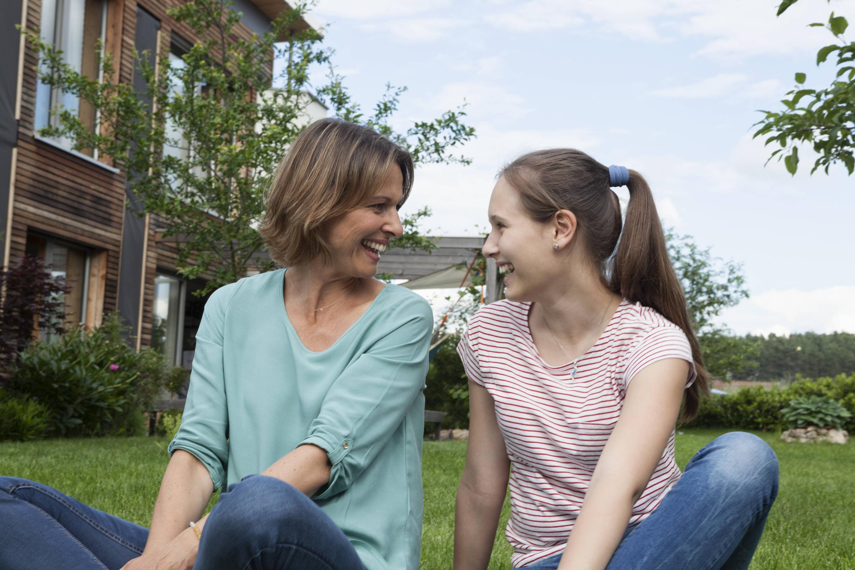 Bild zu Mutter und Tochter