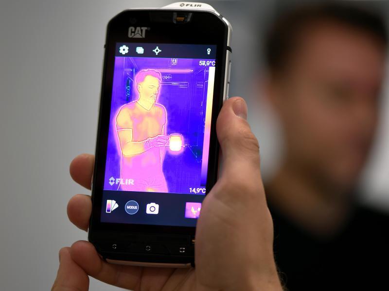 Bild zu Wärmebildkamera und Smartphone in einem