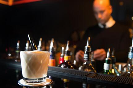 Milch gibt es auch in der Bar