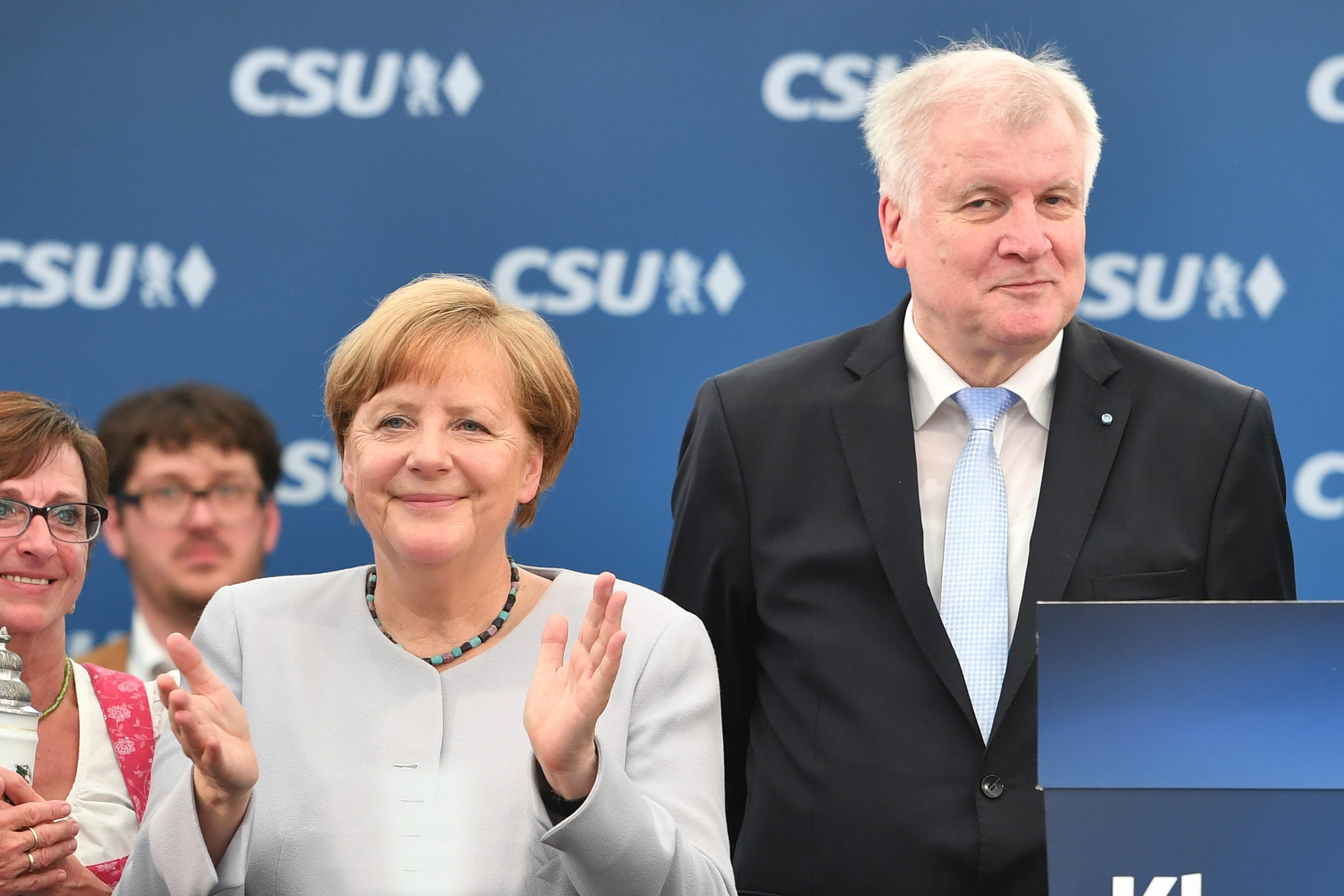 Bild zu Angela Merkel, Trudering, Horst Seehofer, Donald Trump