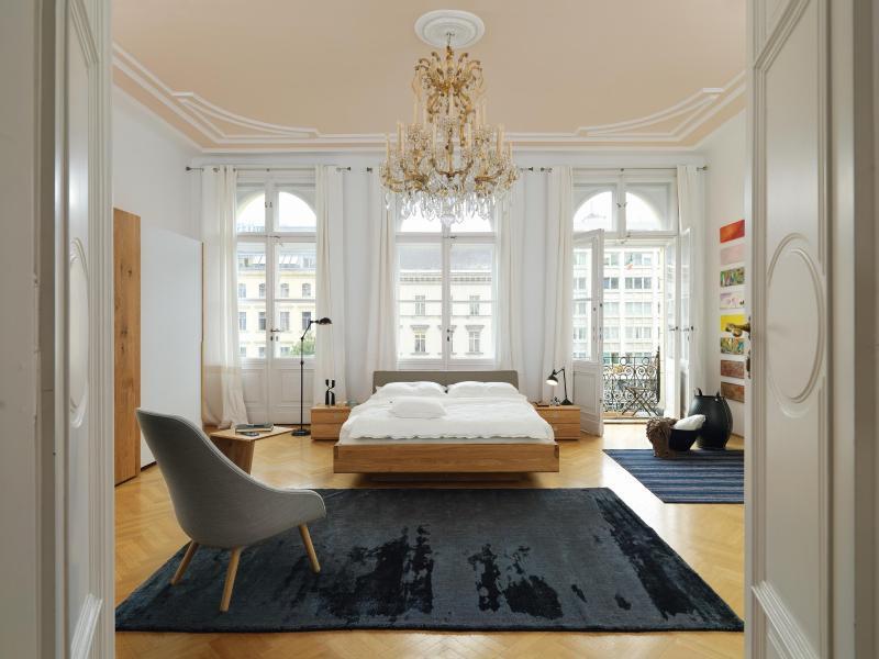 das zweite wohnzimmer das schlafzimmer wird aufenthaltsraum. Black Bedroom Furniture Sets. Home Design Ideas