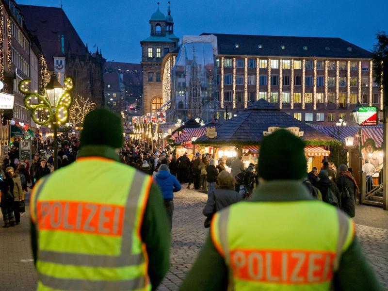 Bild zu Tatort Weihnachtsmarkt
