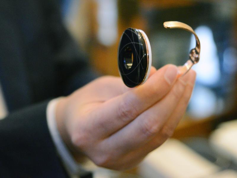 Bild zu Halo-Armband von Eachpal