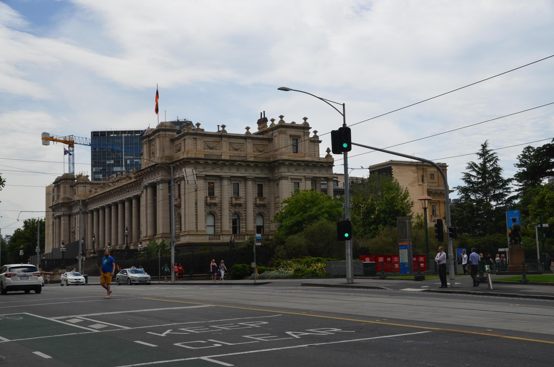 Bild zu Gebäude, Straße