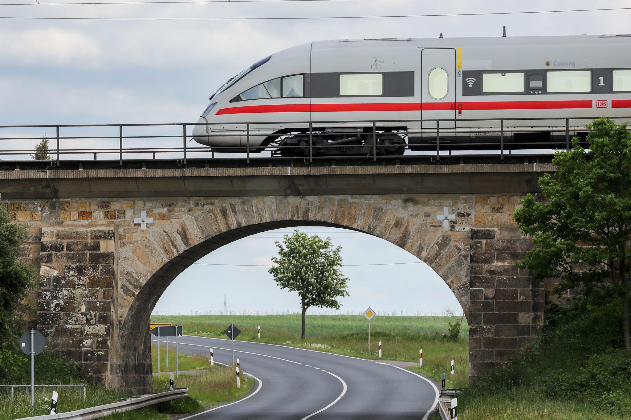 Bild zu Mehr als 1000 Bahnbrücken sind kaum noch zu sanieren