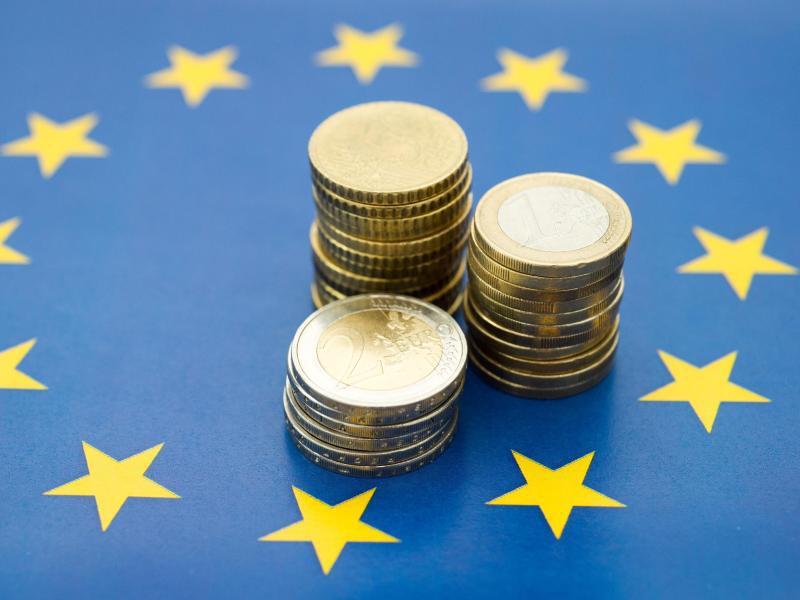Bild zu Geld im Ausland anlegen