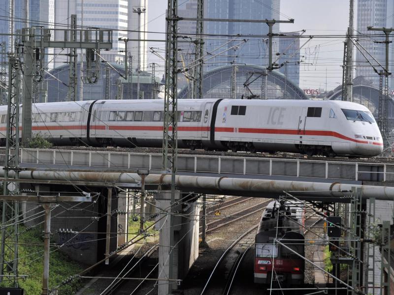 Bild zu ICE-Zug