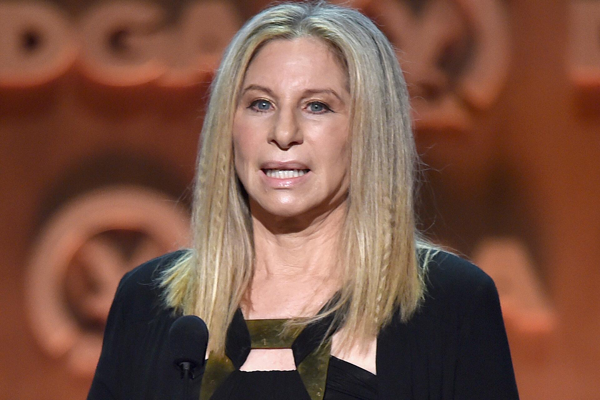 Bild zu Barbra Streisand, Apple, Siri