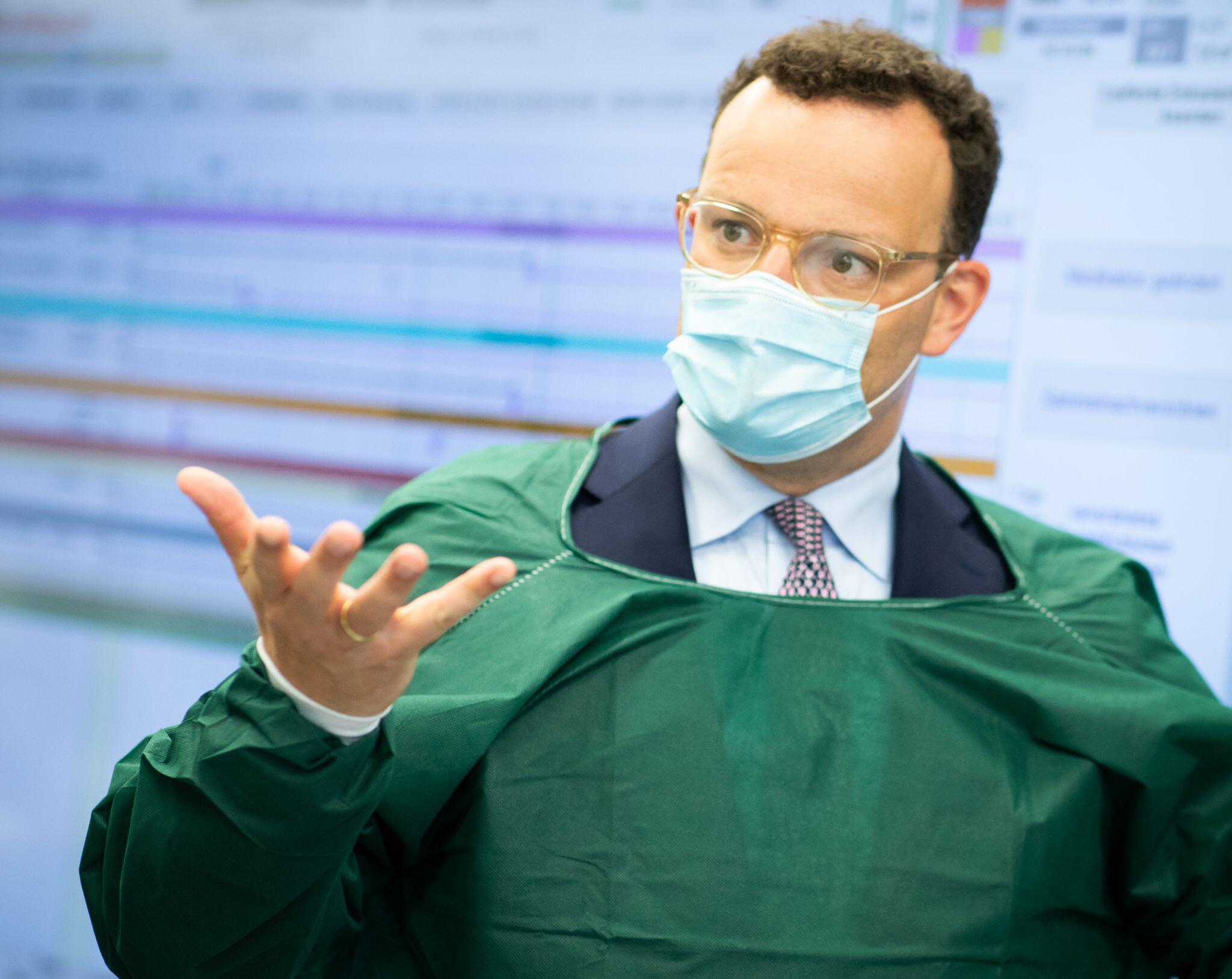 Bild zu Bundesgesundheitsminister Spahn besucht UKSH in Kiel