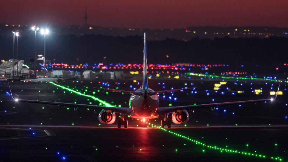 Flugbetrieb am Frankfurter Flughafen wegen Drohne eingestellt