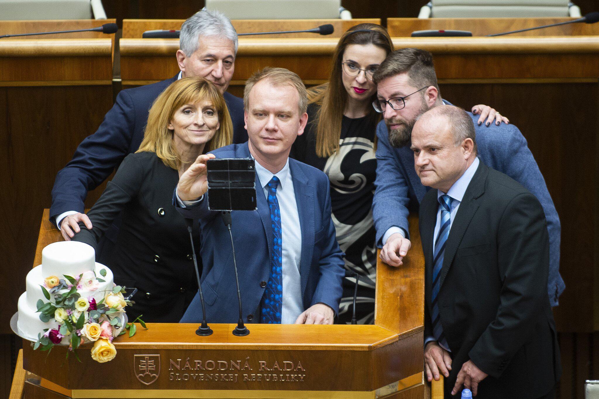 Bild zu Aktion der Opposition im slowakischen Parlament