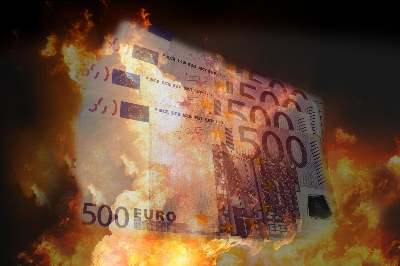 Bild zu Geld, Feuer