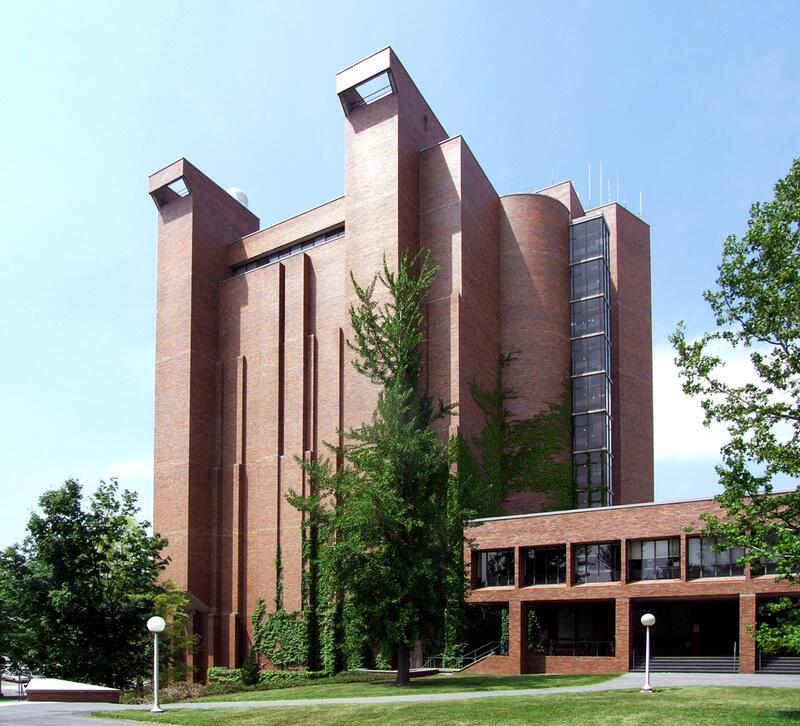 Bild zu Bradfield Hall, U.S.A.