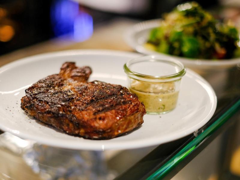 Bild zu Gegrilltes Premium-Steak