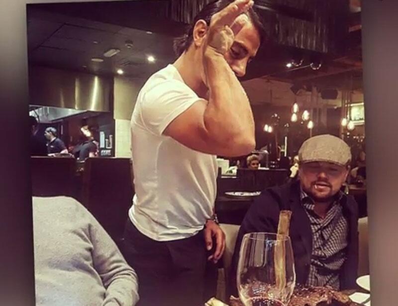Bild zu Saltbae_salzt_für_DiCaprio