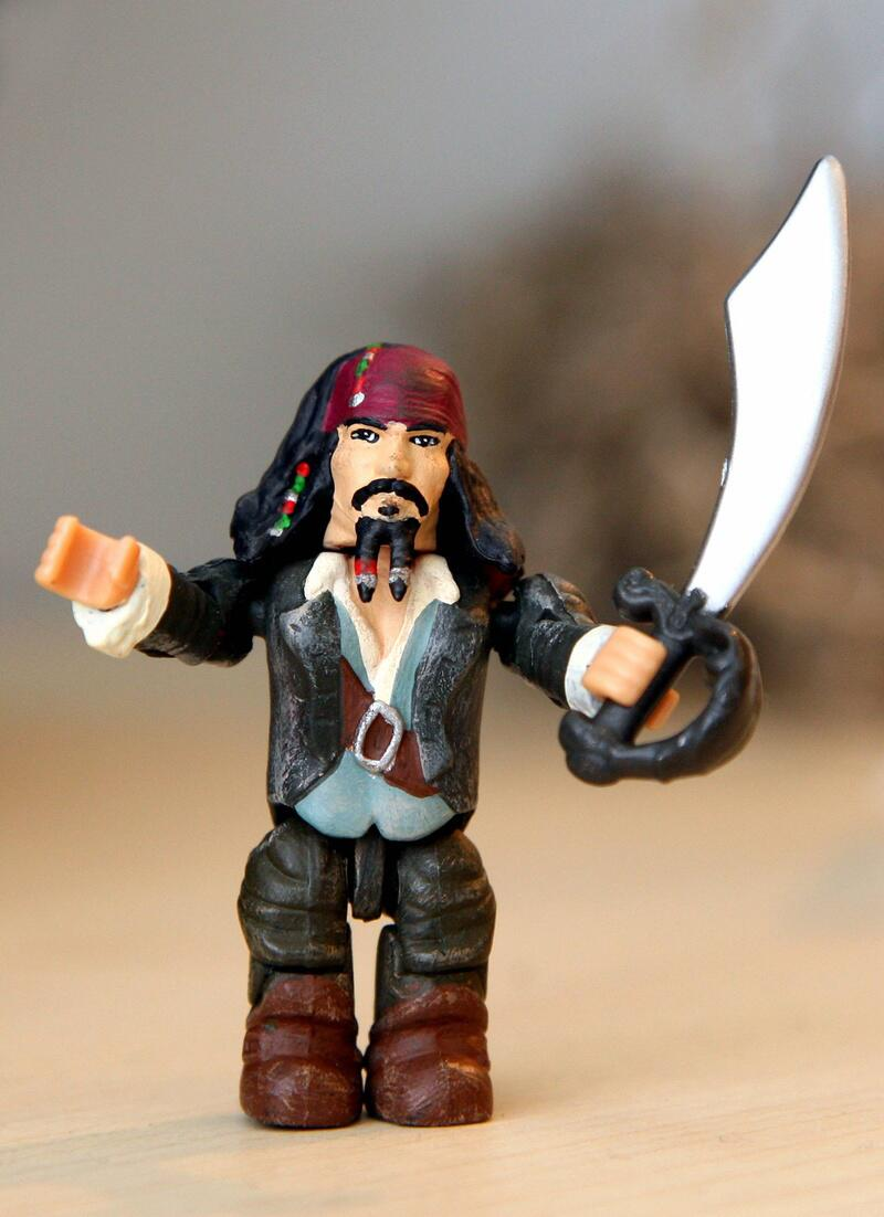 Bild zu Johnny Depp alias Captain Jack Sparrow