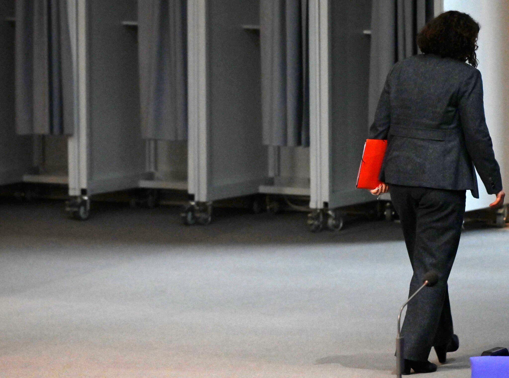 Bild zu Andrea Nahles im Bundestag