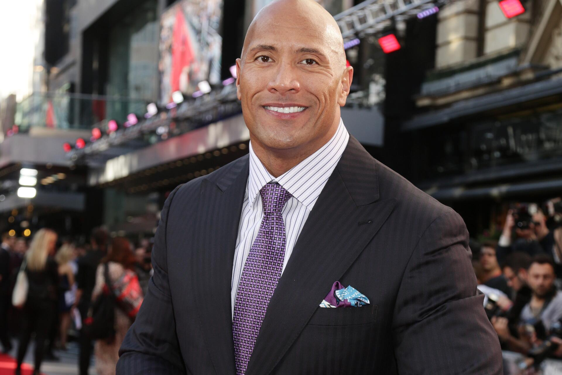 Bild zu Dwayne Johnson, The Rock, Sexiest Man Alive