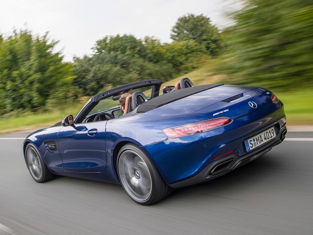 Bild zu Mercedes-AMG GT Roadster
