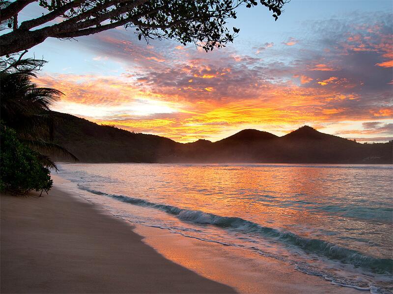 Bild zu Sonnenuntergang in Baie Lazare