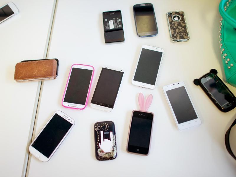 smartphones gebraucht kaufen diese fallen gibt es web de. Black Bedroom Furniture Sets. Home Design Ideas