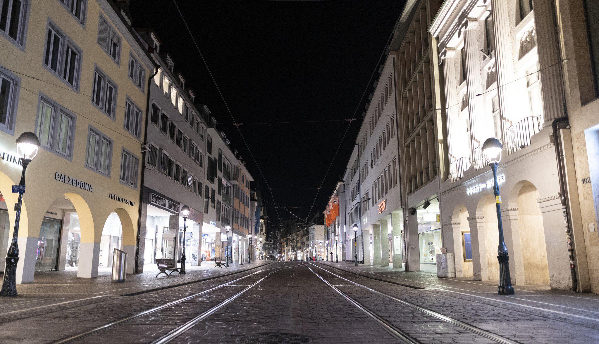 Bild zu Coronavirus - Freiburg Curfew
