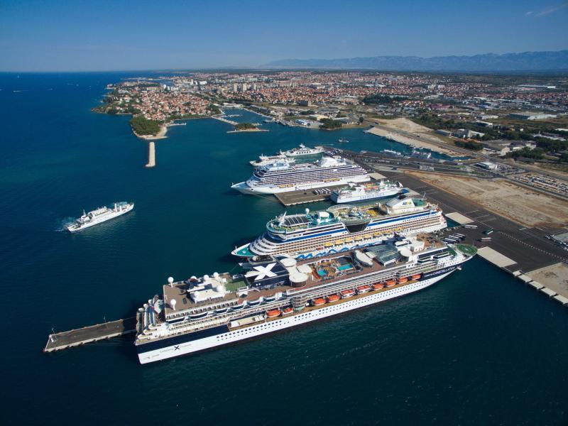 Bild zu Hafen von Zadar