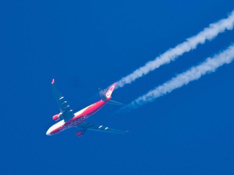 Bild zu Air-Berlin-Flugzeug