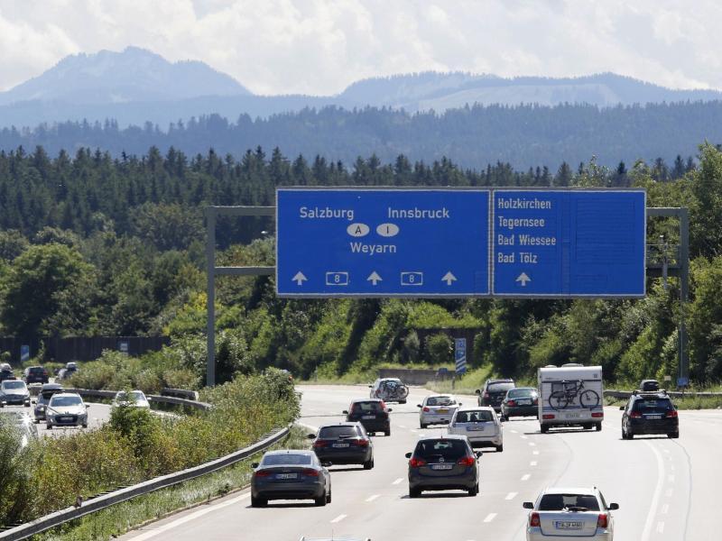 Bild zu Autobahnverkehr in Bayern