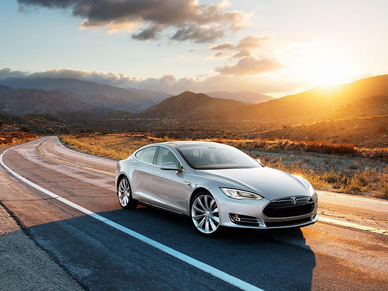 Bild zu Amerikanische Elektro-Limousine: Tesla Model S