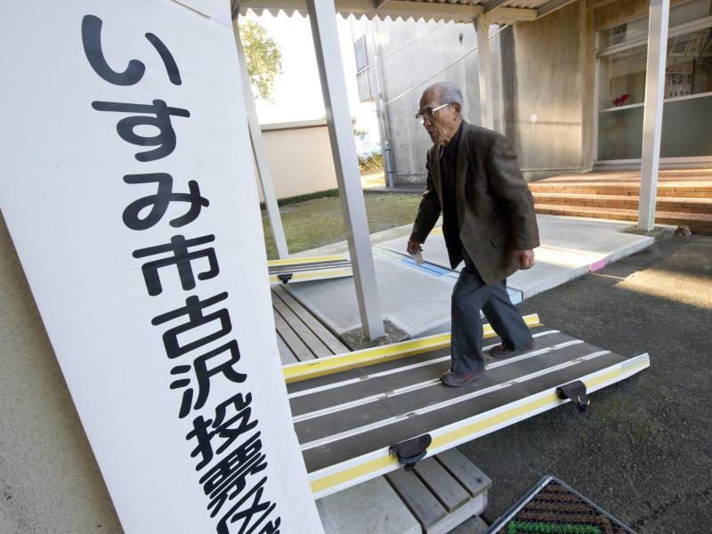 Bild zu Auf dem Weg ins Wahllokal