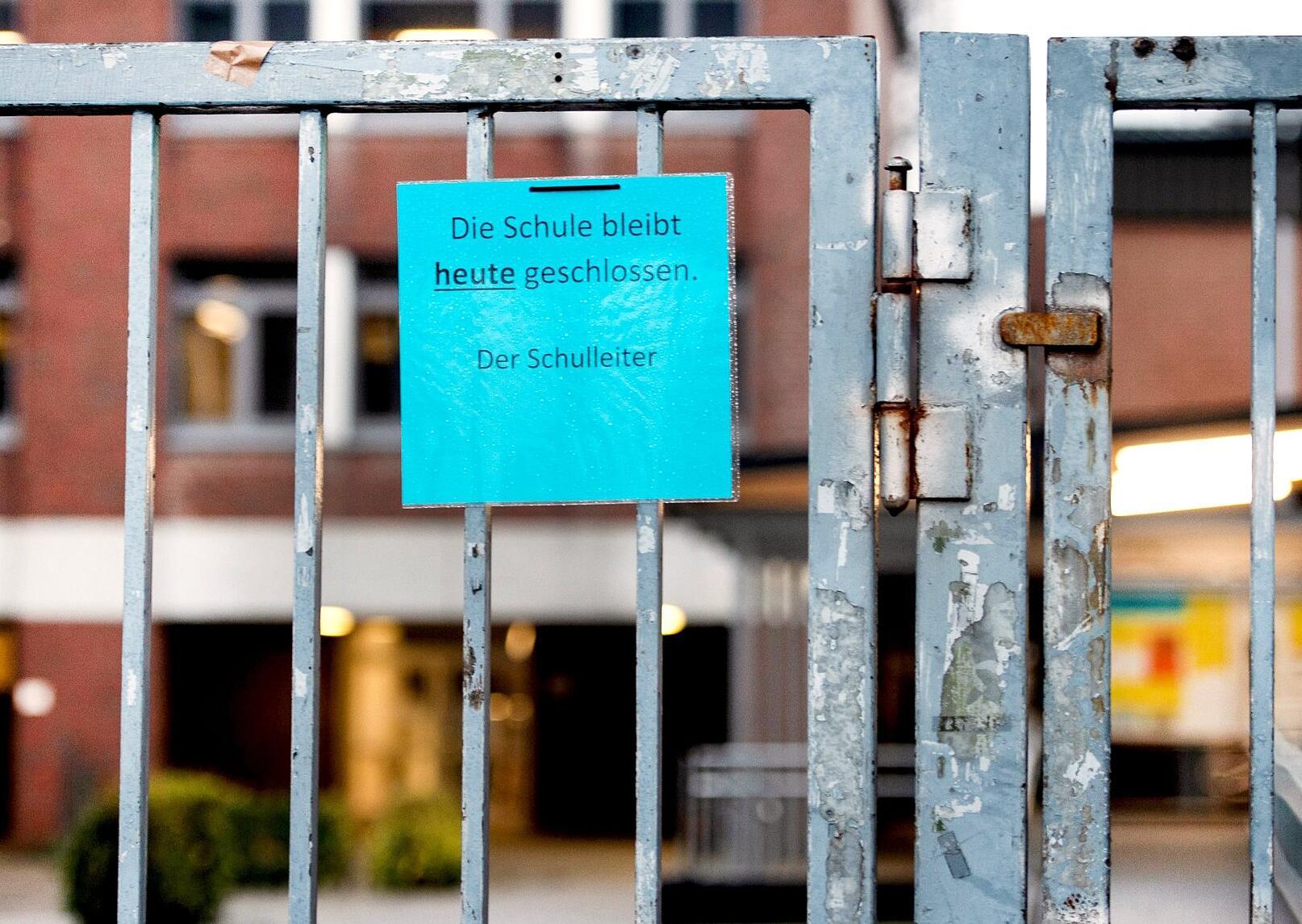 Bild zu Schule geschlossen wegen Coronavirus