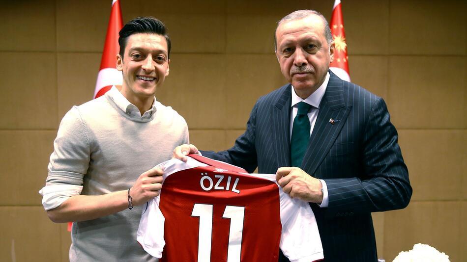 Mesut Özil und Recep Tayyip Erdogan
