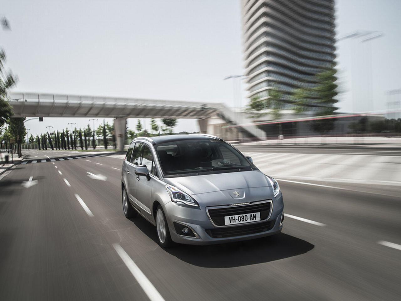 Bild zu 8. Platz: Peugeot 5008