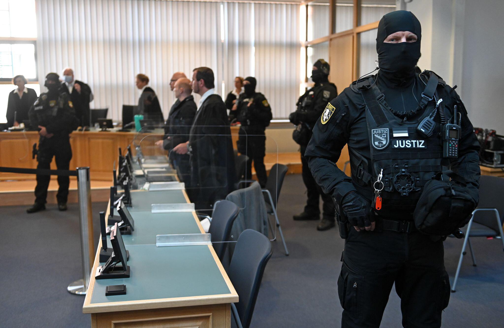 Bild zu Prozess zum Terroranschlag von Halle