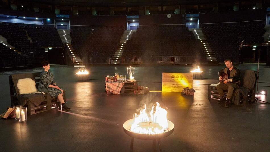 Lagerfeuerkonzert von Sasha für einen Fan