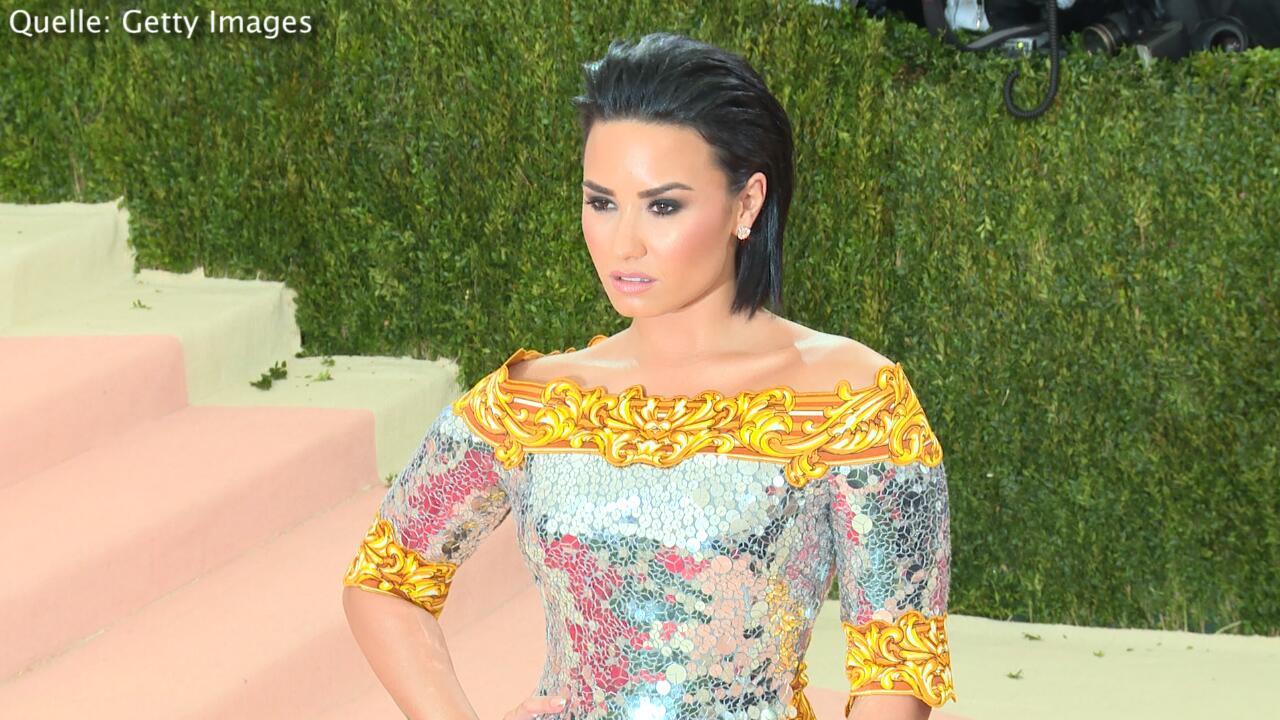 Bild zu Intime Bekenntnisse: Diese Musik hört Demi Lovato im Bett