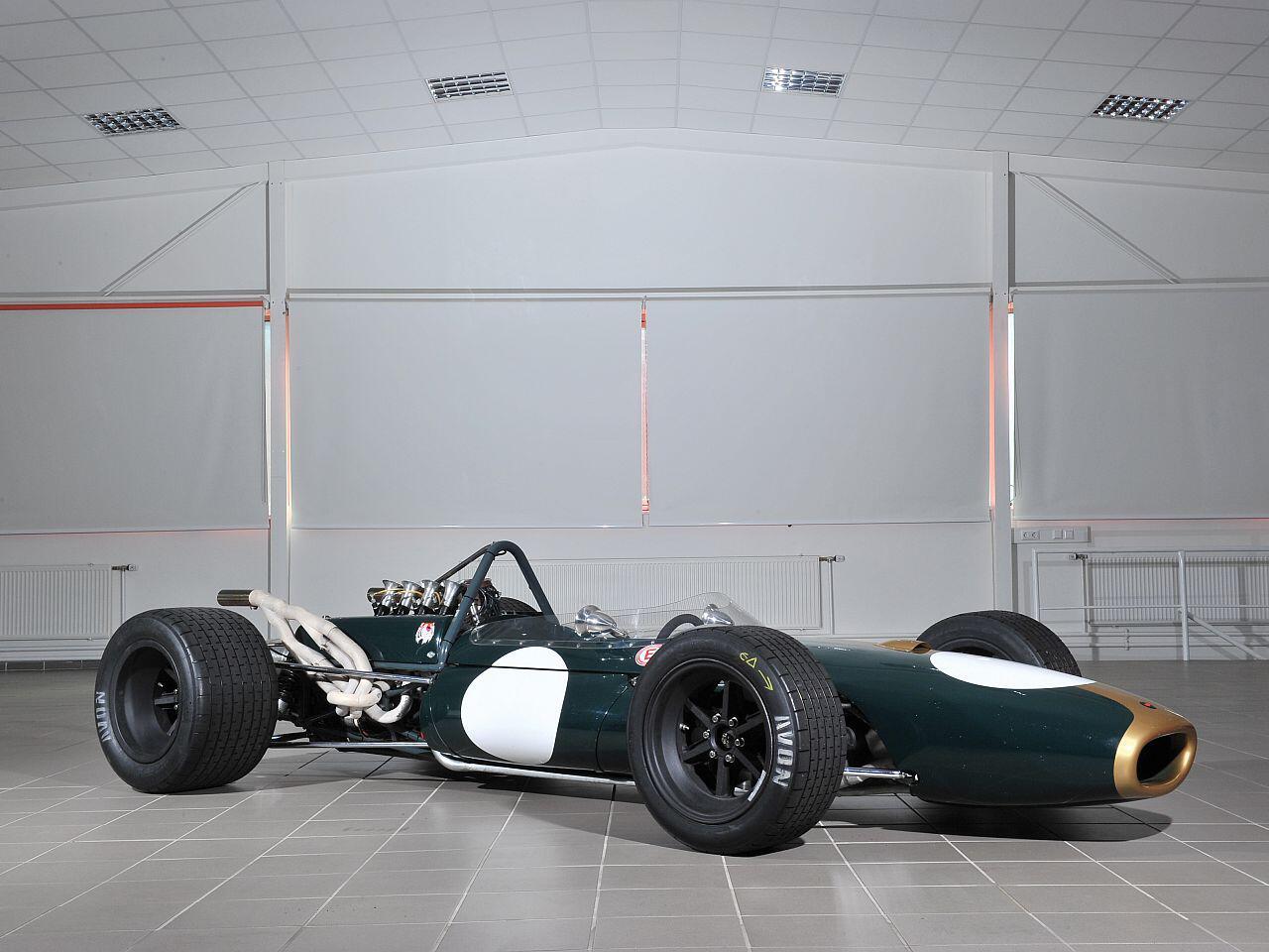 Bild zu Brabham-Repco BT20