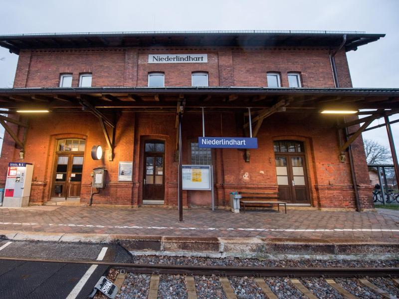 Bild zu Bahnhof in Niederlindhart